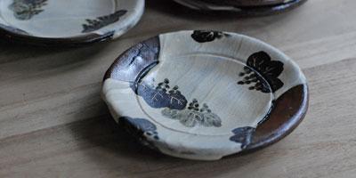 桐文土器皿